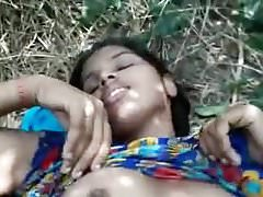Cute village girl outdoor fucked by bf