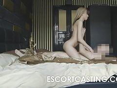 Stretta Teen Russian Escort girato ottenendo anale