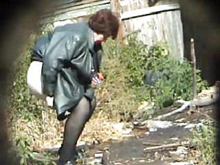Grannies Hidden Cams Pissing video: Pissing Granny! Amateur hidden cam!