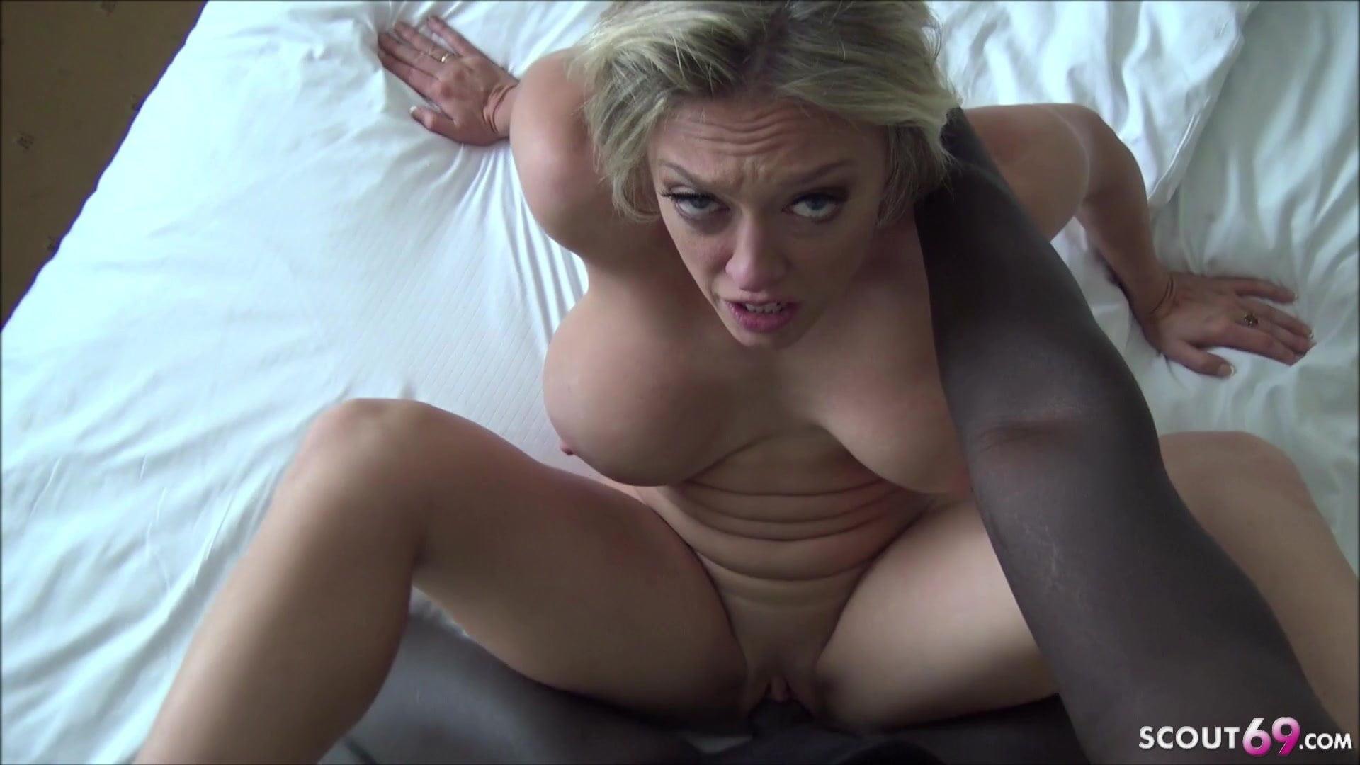 Ami cusack nude photos