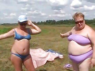 Grannies Bisexuals Bikini vid: BBW bikini