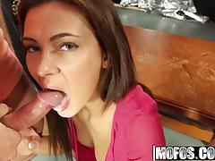 Alexis Brill a Ava Campos - po hodinách Sex Party Foursome