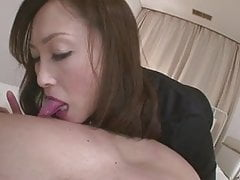 La salope Miyama Ranko suce son mec