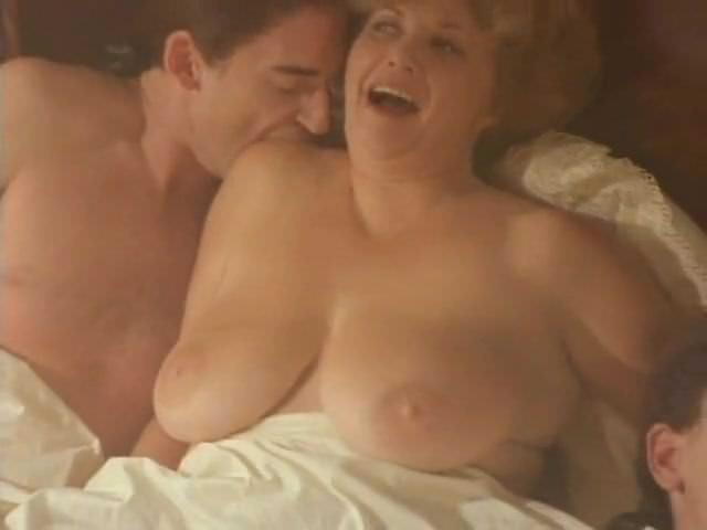 Красивый секс молоденьких смотреть онлайн