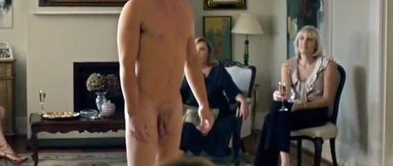 Порно видео лесбиянки фистинг огромными предметами