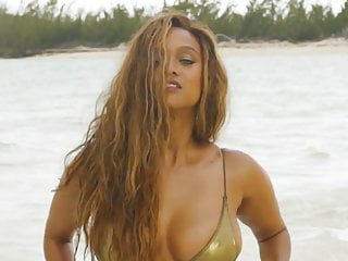 Black Big Tits Bikini video: Tyra Banks SI Swimsuit 2019 behind the scenes