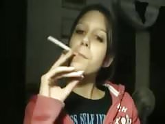 Elizbeth Marlboro Red 100s Webcam wieder