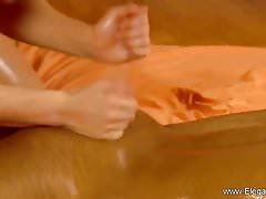 Conseils de massage féminine passionnée que vous pouvez apprendre