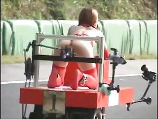 日本束缚和SQUIRTS机器人比赛