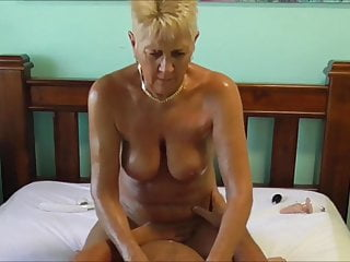 Milf Mature Dildo video: Libby
