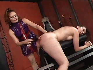 Bdsm Whipping Mistress video: Lesbian restrains her slave girl