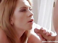 Blondýnka Lover MILF udělá Blowjob