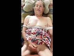 La nonna dà una sveltina