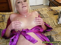 Ms Paris e Her Taboo Tales-Mommy's Feet