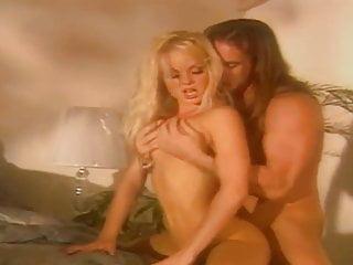 Vintage Retro Hd Videos video: L Odore Di Silvia