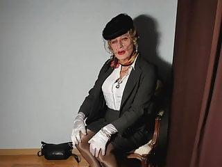 Amateur Shemale Latin Shemale Big Tits Shemale vid: transvestite in seamed nylon stockings