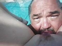 mangiare un lato piscina figa rasata fresca