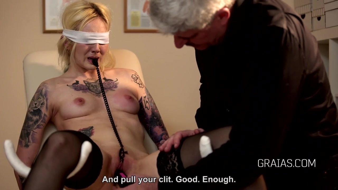 Порно видео сперма транса
