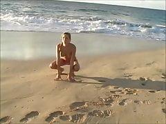 Carli am Strand