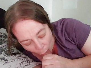 Amber giving a good blowjob