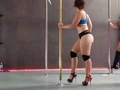 Pawg in Pole Dancing Class