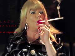 Shiny Smoking Blonde