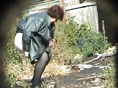 Pissing Granny! Amateur hidden cam!