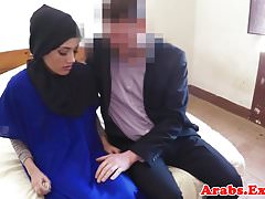 Chatte musulmane amateur labourée en hijab