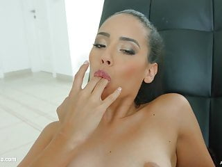 Creampie Hd Videos xxx: Andreina De Lux in messy creampie scene by All Internal