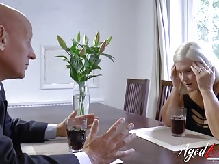 Blondes Bbw British video: AgedLovE Businessman Came to Fuck Busty Mature