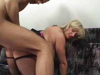 Matures Handjobs Grannies video: Gorgeous GILF is Getting Slammed and Facialized