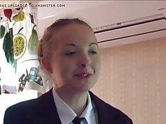 ¡La SBA Helen vuelve a la escuela para recibir un castigo!