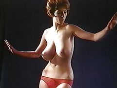 Shaking All Over - vintage 60's big jiggly tits dance tease