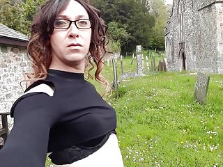 Outdoor Shemale Hd Videos 2 Shemale Shemale video: Crossdresser themidnightminx church 2
