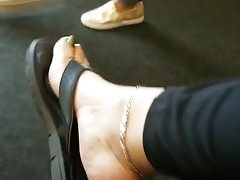 Sexy nohy shoeplay