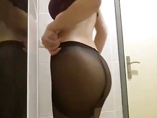 College European Upskirt vid: Pantyhose and Skirt