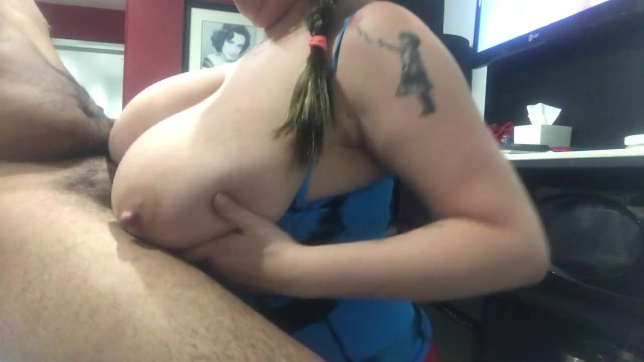 Cumshot,Big Natural Tits,Titty Fucking,HD Videos