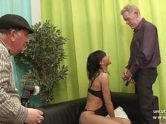 Casting pohovka skinny francouzské zralé maminky tvrdé sodomized