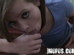 Ashlynn Leigh - Eine Überraschung, die saugt - MOFOS