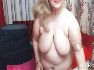 Fingering Solo Granny video: granny solo.   H.T.B.