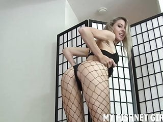 Bdsm Femdom Pov video: You are a nice guy and I want to give you a little treat JOI