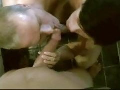 Nice Homemade Amateur MMF Bi Sucking