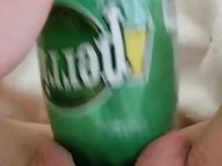 Fucking my pussy with a perrier bottle