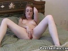 Amatérské dospívající dívky Fucking Pussy k orgasmu