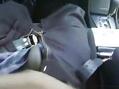 Im Einkaufszentrum einen schwarzen Schwanz in einem Auto saugen