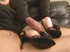 MILF SHOEJOB