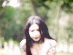 La sexy webcam ama essere nuda in pubblico