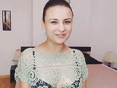 Śliczne rumuńskie nastoletnie paski i masturbacja