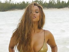 Tyra Banks SI Swimsuit 2019 behind the scenes