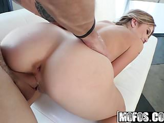 Arya Fae - Tiny Spinner Craves Huge Cock - Dont Break Me